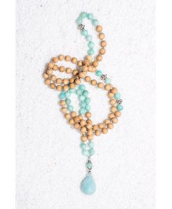 knotted-amazonite-and-wood