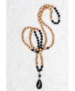 knotted-onyx-sandalwood